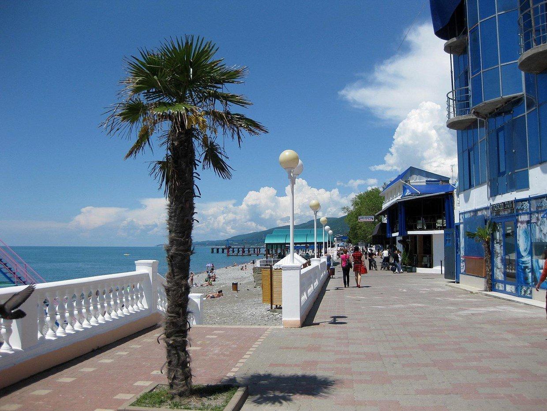 Веб-камеры Лазаревского онлайн: набережная, море, пляж 28