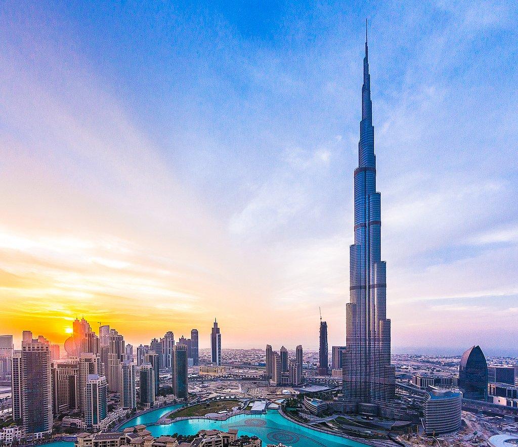 Booking for Burj Khalifa budget Tours and Tickets - Dubai Burj khalifa hotel pictures