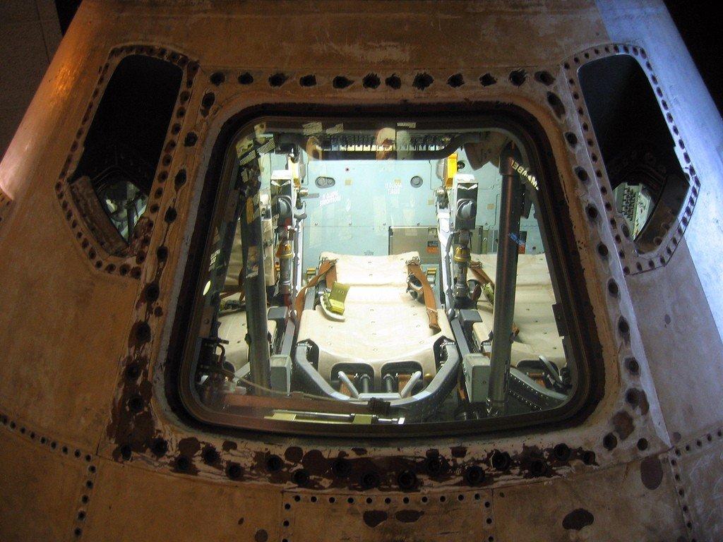 Национальная аллея. Национальный музей авиации и космонавтики