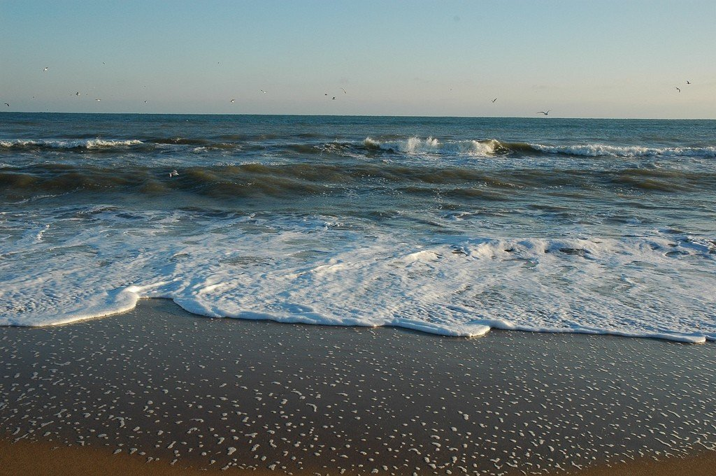 Скалы и море фото