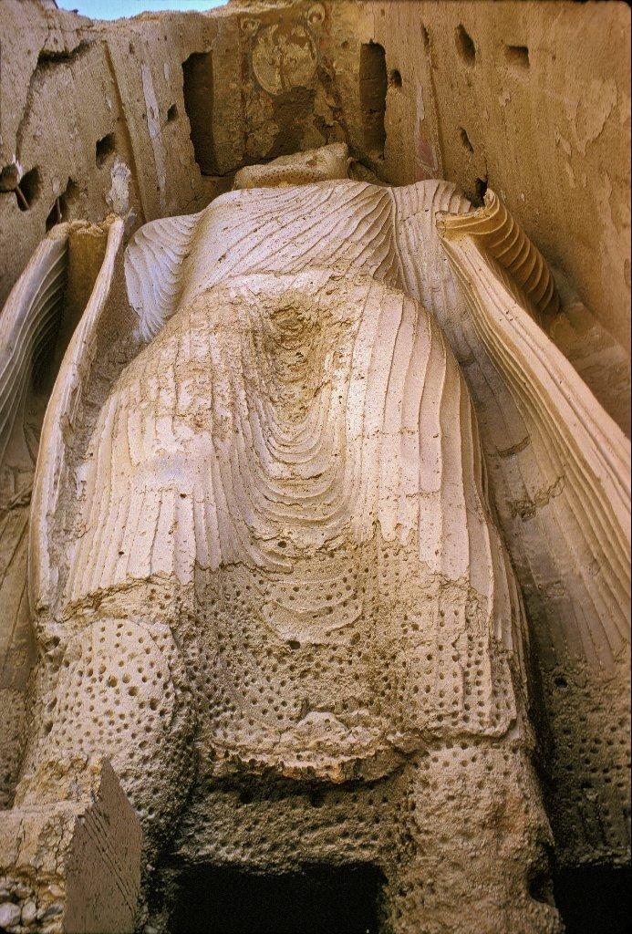 Фотография саида османова осквернившего будду кушает