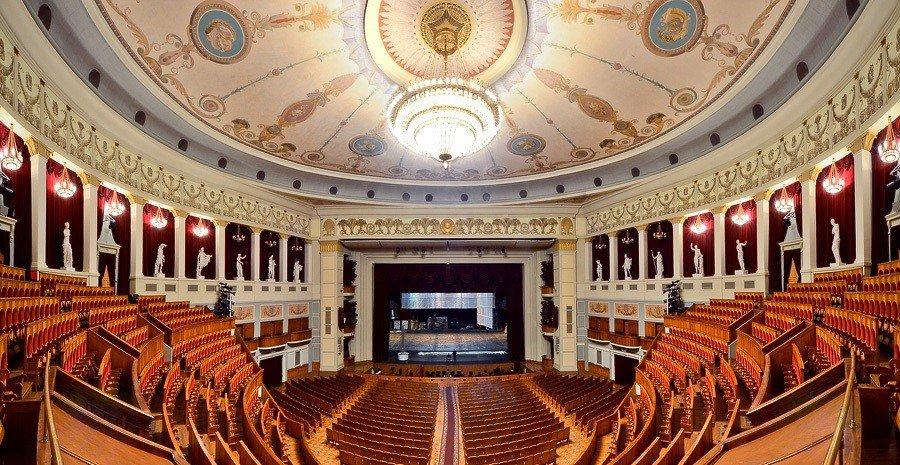 Где купить билеты в театр оперы и балета в новосибирске купить билеты на концерт лепса казань