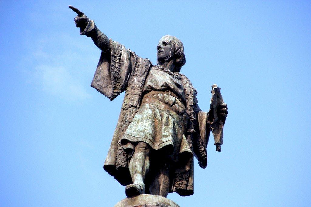 Американцы избавляются от статуй Колумба