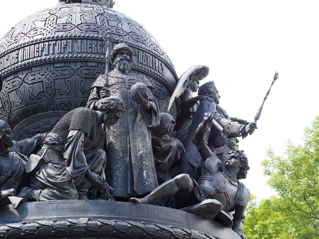 новгород памятник тысячелетие россии картинка