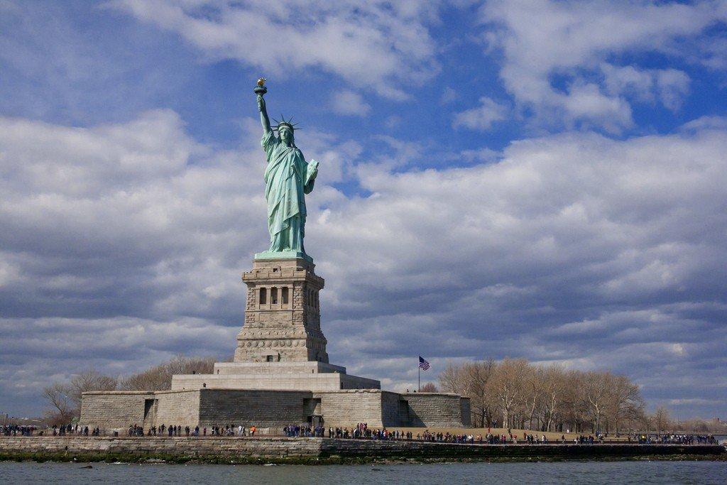 Фотография статуи свободы показать
