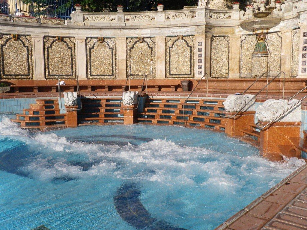 купальни геллерт раздельное купание термобелье стоит хорошем