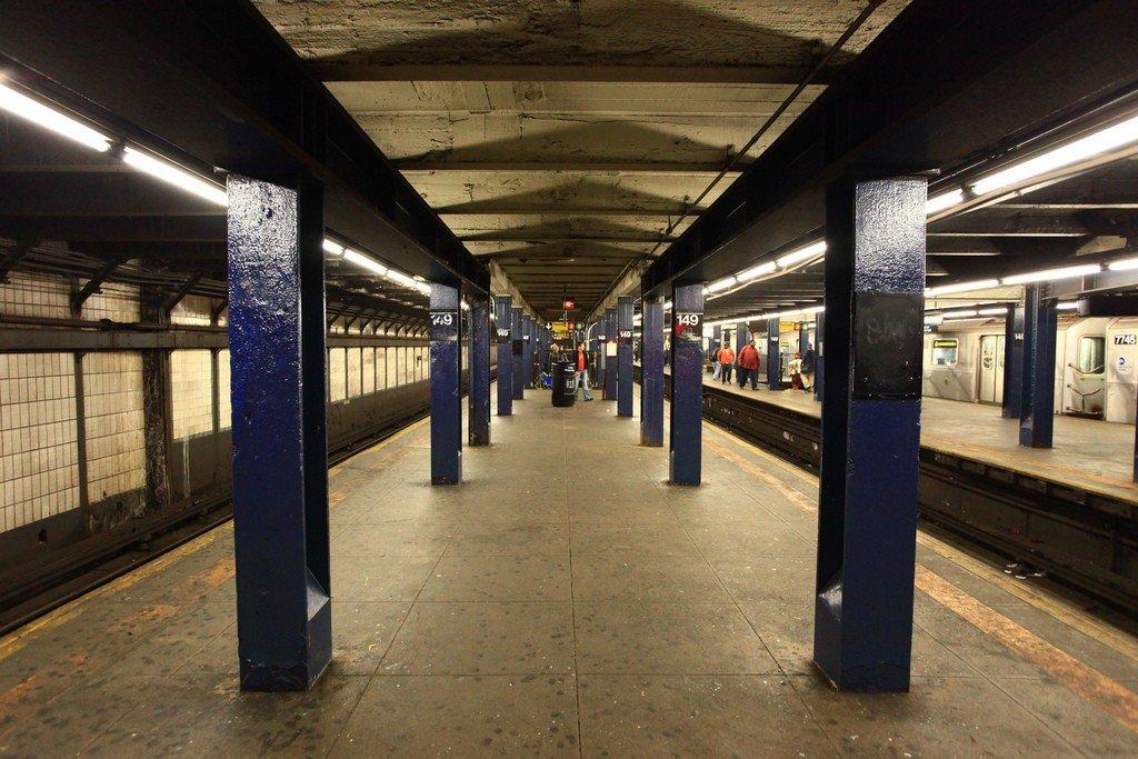 Картинка метро в нью йорке