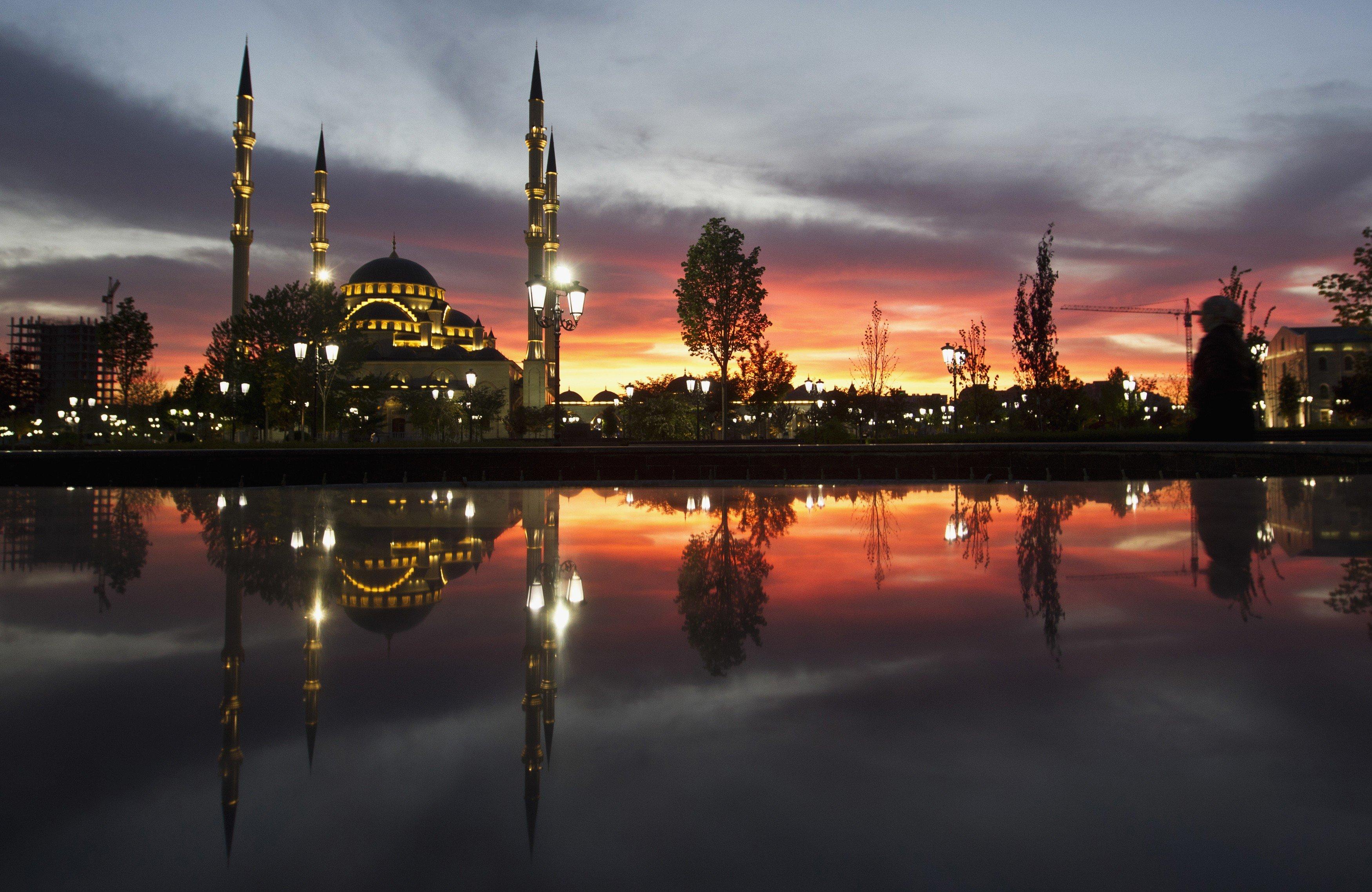 сломить такой грозный фото камри на фоне мечети район, тот