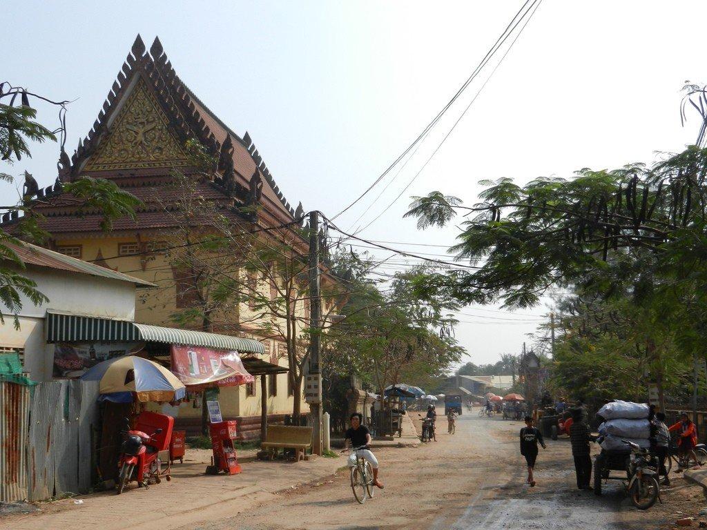 падают осин, город сиемреап в камбодже фото построен платформе независимой