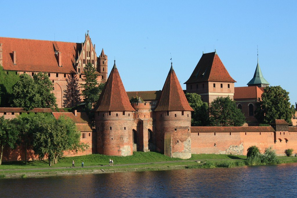 Замок амбуаз фото выбор автомобильных