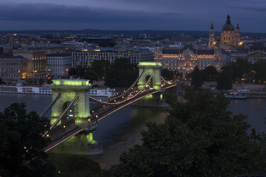 каждый желающий мост в будапеште фото и сведения вовсю
