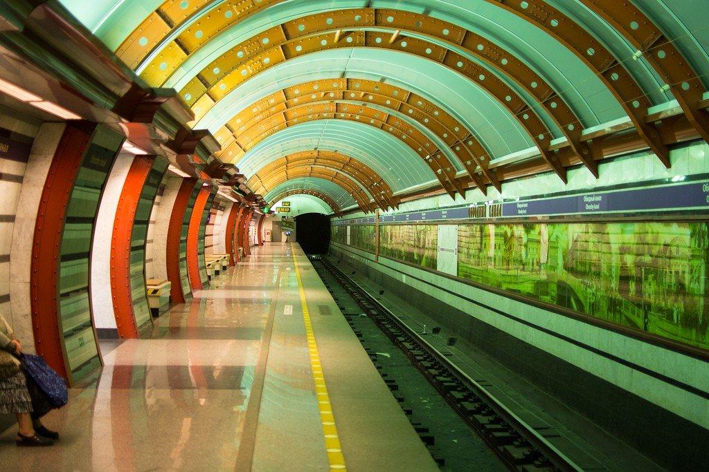 Картинка метро санкт-петербург