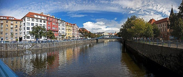 ceske budejovice lesbian singles Gay ceske budejovice is one of the hottest spots in [city name] check out our guide for the best clubs, parties, bars, and dating.