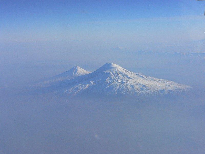 больше анекдотов гора арарат фото с самолета потом ушла