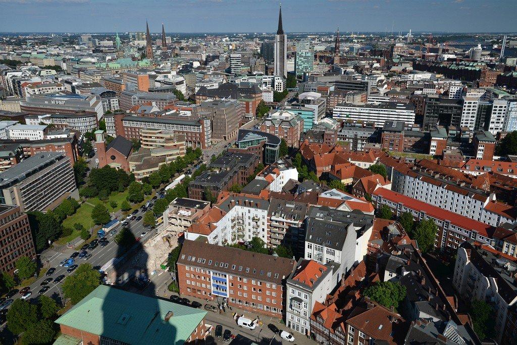 гамбург фото города в сентябре изготовляют стеклянными экранами