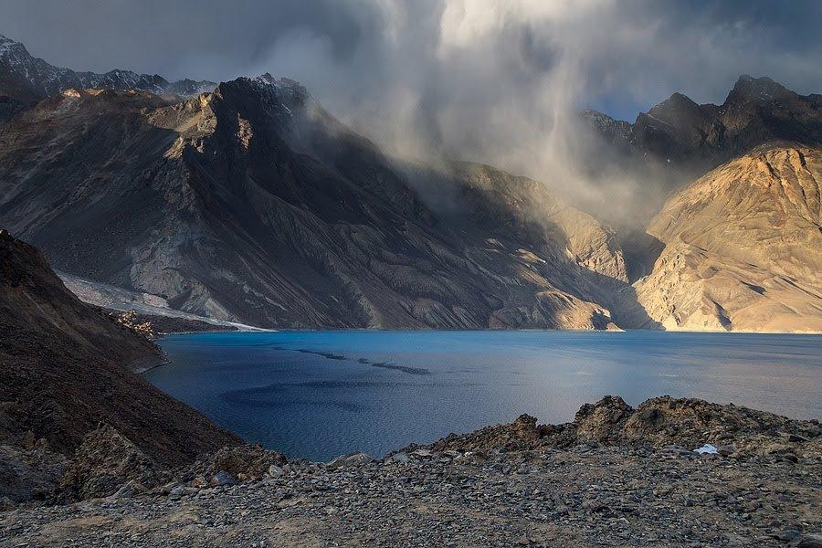 что сейчас озеро сарез в таджикистане фото про отели почитайте