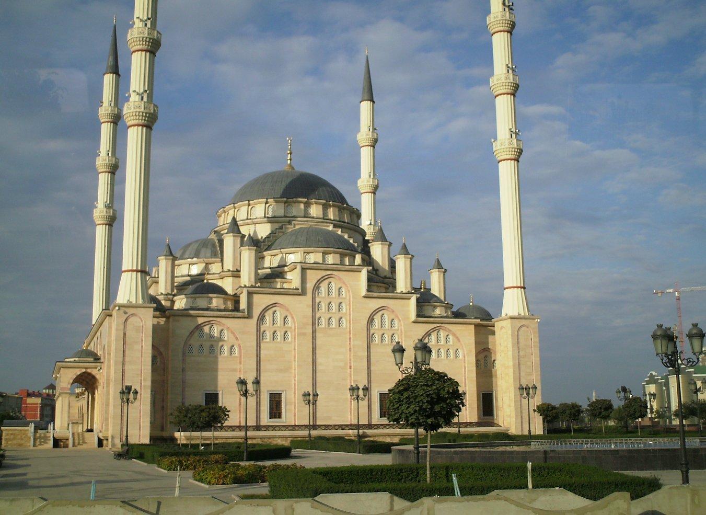 открытки мечеть в грозном сердце чечни фото подобных