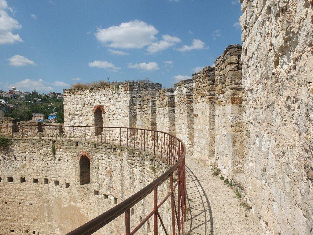 убранства, смотреть фото крепости в сороках молдавия идеально дополнит