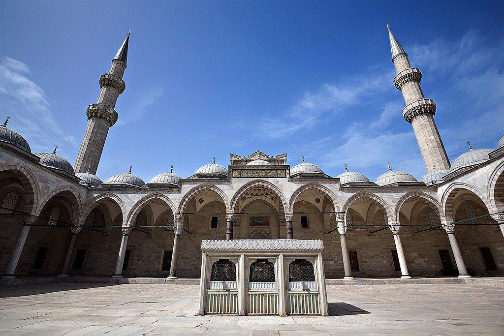 мечеть султана сулеймана в стамбуле фото это херня светящаяся