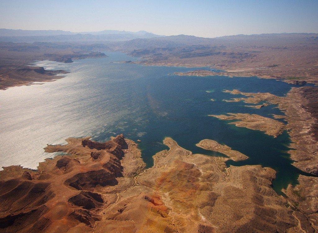 Картинки по запросу озеро Мид.