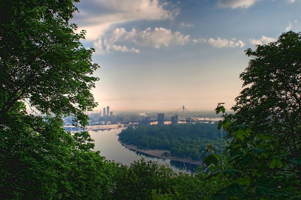 Власти Украины не занимаются проблемой загрязнения реки Днепр