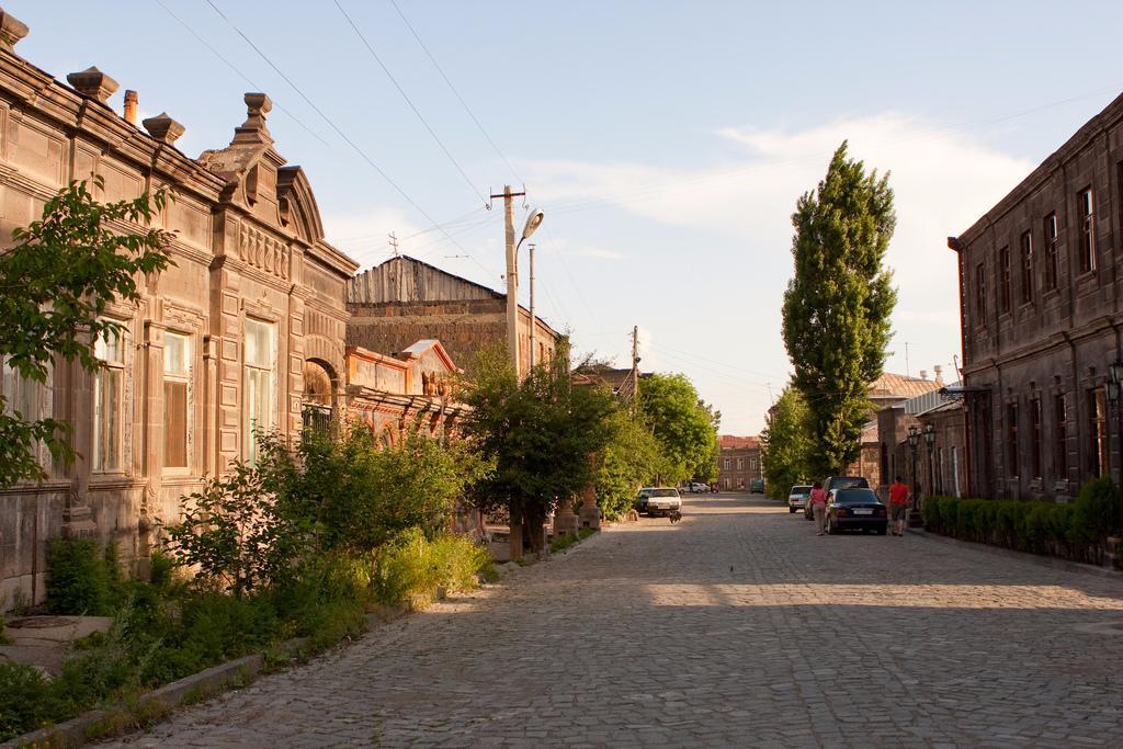 Ulitsy-Gyumri-1.jpg