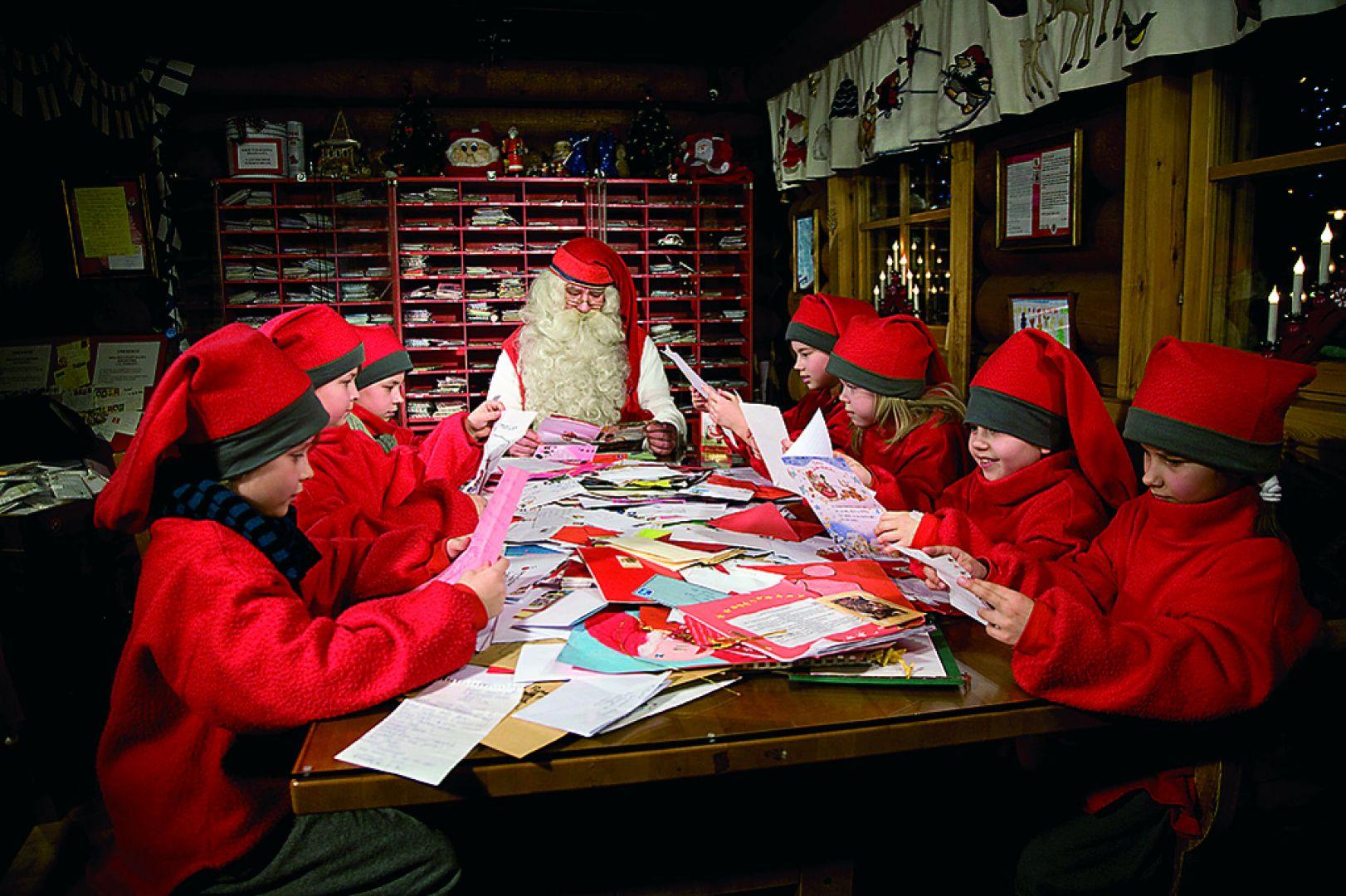 see santa clauss workshop - HD1622×1080