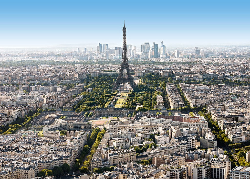 Эйфелева башня вид сверху фото это большой