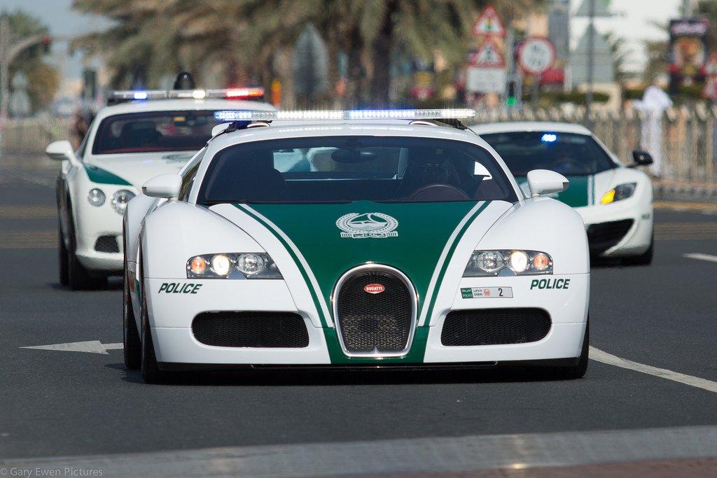 Дубай полиция машины видео что дает покупка недвижимость за рубежом