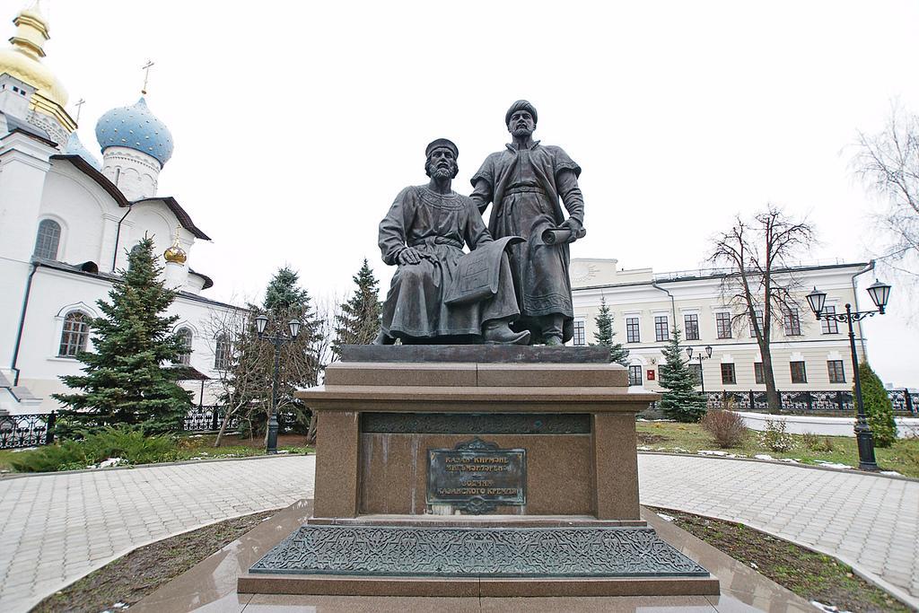 В надгробные памятники из гранита цены у самого моря Ковров где можно заказать памятник в караганде