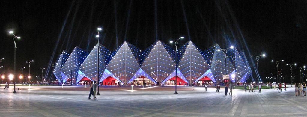 Бакинский кристальный зал (Baku Crystal Hall)