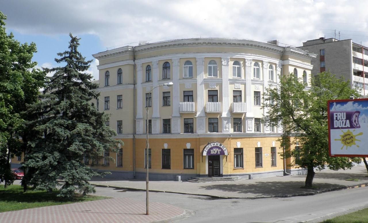 Фото гостиниц тбилиси в старом городе что парк