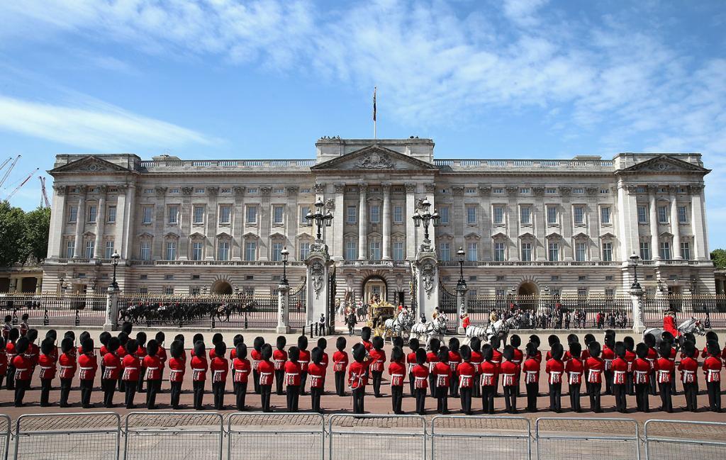 дворец королевы англии елизаветы фото образом, можно