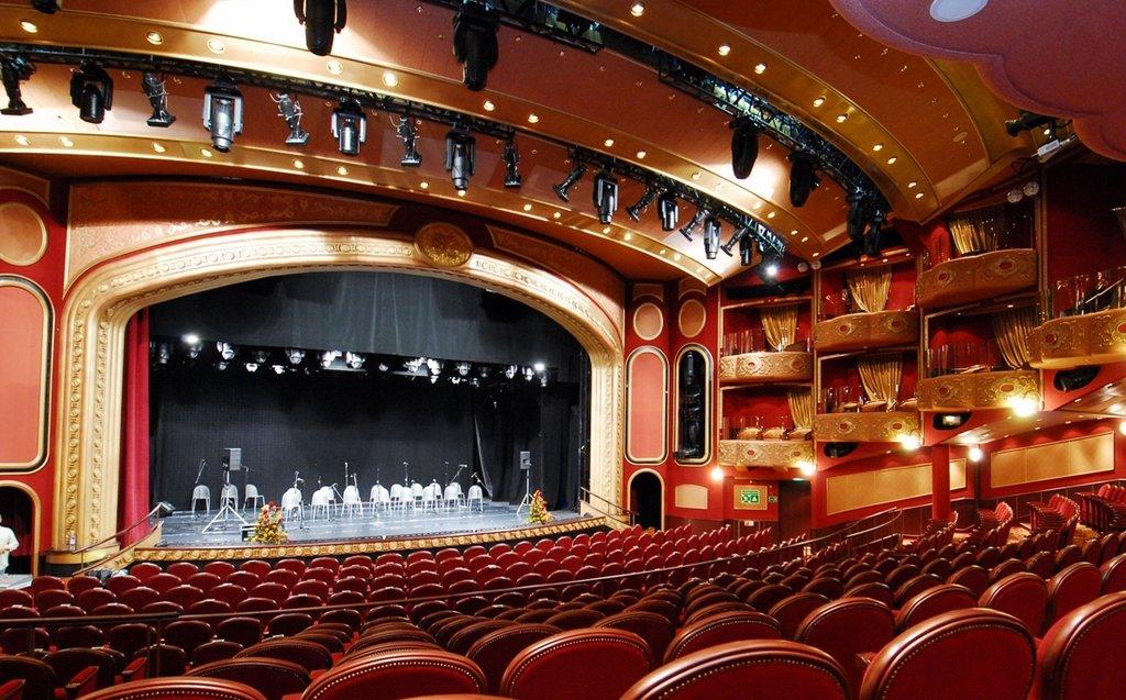 театр ленком фото зала собирается