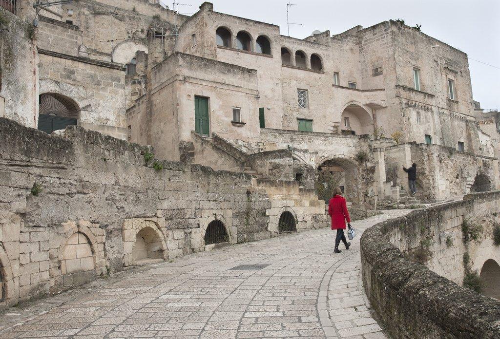 пещерный город сасси ди матера как добраться из рима