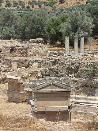 Руины храма Аполлона на Крите