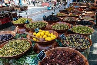 Рынок в Аяччо Остров Корсика, Франция Франция Корсика туры корсика Остров Корсика, Франция Rynok v Ayachcho