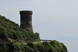 Остров Корсика Остров Корсика, Франция Франция Корсика туры корсика Остров Корсика, Франция Bashni ostrova Korsika 9