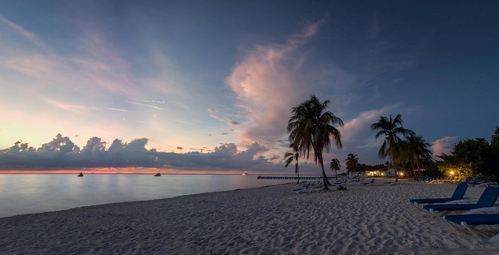Пляж Мария-Ла-Горда