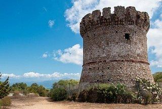 Остров Корсика Остров Корсика, Франция Франция Корсика туры корсика Остров Корсика, Франция Bashni ostrova Korsika 5