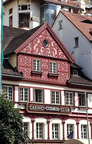Casino Cosmos Club в Карловых Варах