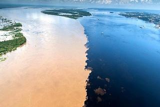 Слияние рек Риу-Негру и Солимоес