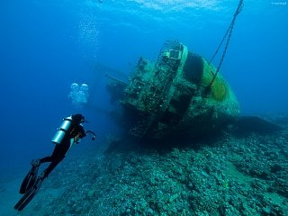 Затонувший корабль у берегов Акабы Едем в Иорданию Едем в Иорданию 48 zatonovshiy korabl Aqaba