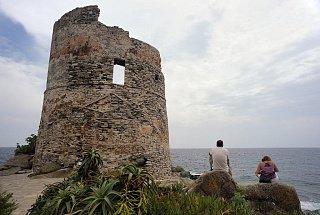 Остров Корсика Остров Корсика, Франция Франция Корсика туры корсика Остров Корсика, Франция Bashni ostrova Korsika 4