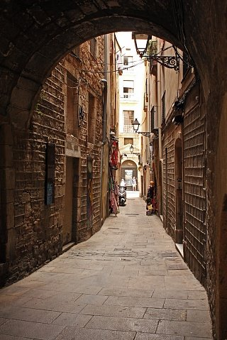Улицы в античном квартале Барселоны