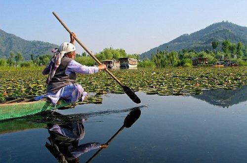 Озеро Дал в Кашмире