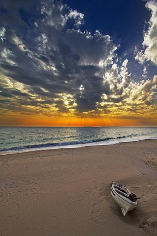 Закат на острове Паксос