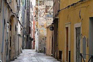 Остров Корсика Остров Корсика, Франция Франция Корсика туры корсика Остров Корсика, Франция Bastiya  Korsika 4