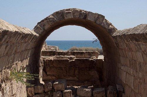Руины древнего города Саламин около Фамагусты