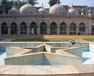 Мечеть Звезды в Дакке
